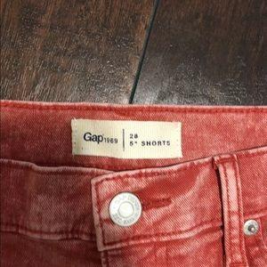 """GAP Shorts - Gap 5"""" Shorts"""